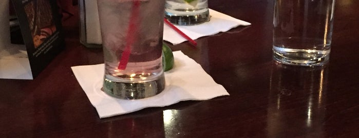 Gene & Georgetti Rosemont is one of Faves.