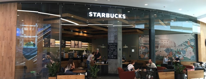 Starbucks is one of Anastasia 님이 좋아한 장소.