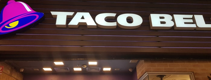 Taco Bell is one of Orte, die Thiago gefallen.
