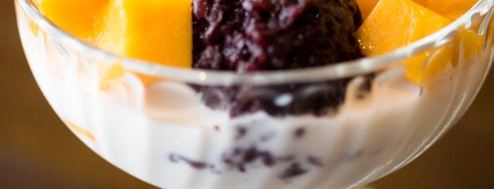 Mango Mango Dessert - Flushing is one of Locais curtidos por Ailie.