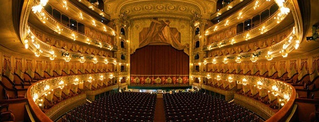 Teatro Colón is one of Mi BsAs Querida.