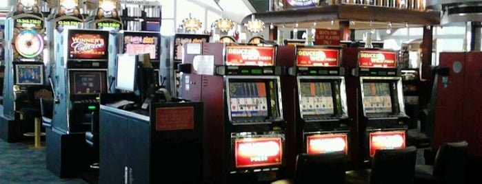 Slot Machines! is one of สถานที่ที่ Dj ถูกใจ.