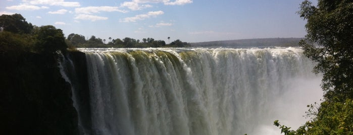 Victoria Falls is one of Top photography spots.