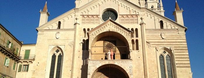 Cattedrale di Santa Maria Matricolare is one of Lugares favoritos de Em.
