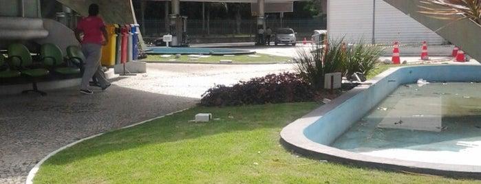Posto Lagoa (BR) is one of Locais curtidos por Rosana.