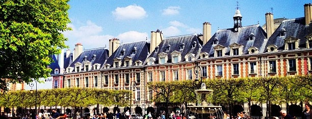 Place des Vosges is one of Europe.