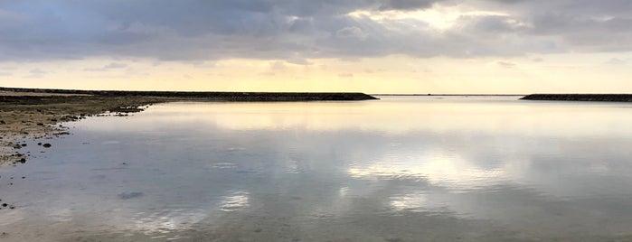 Maesato Beach is one of Tempat yang Disukai issinta.