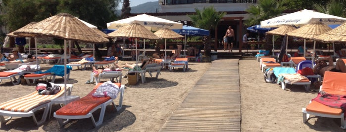 Butik Han Beach Otel is one of Locais salvos de Ali K..