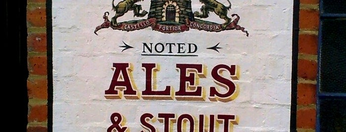 Phipps' Albion Brewery (NBC) is one of Locais curtidos por Carl.