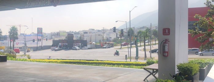 Plaza Qu is one of Monterrey.