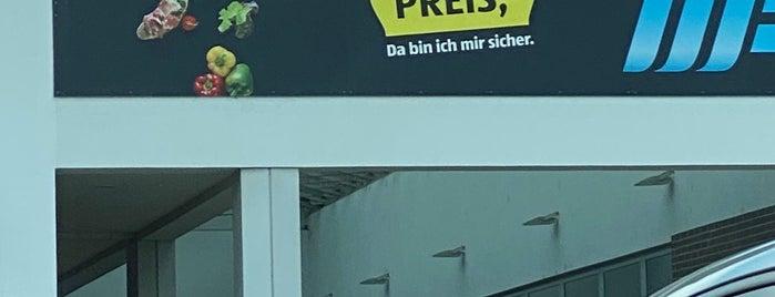 Hofer is one of Karl : понравившиеся места.