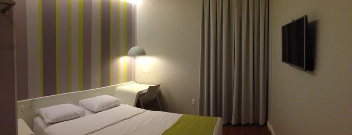 DMax Hotel is one of Lieux qui ont plu à Luiz Rodolfo.
