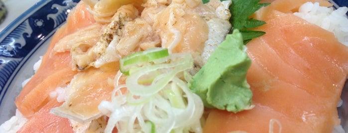 鉄火丼 鶴 is one of Posti che sono piaciuti a Mzn.