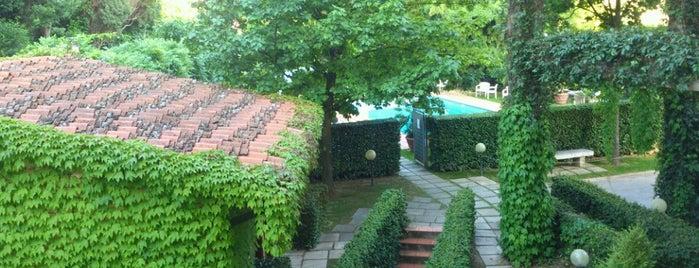 Best Western - Hotel Villa Gabriele D'Annunzio is one of Locais curtidos por Rafael.