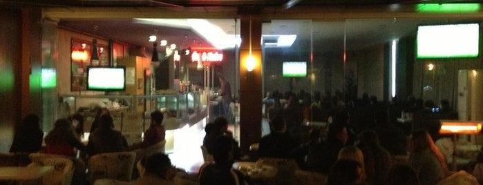 Belis Cafe&Bistro is one of Posti che sono piaciuti a Ayşe.