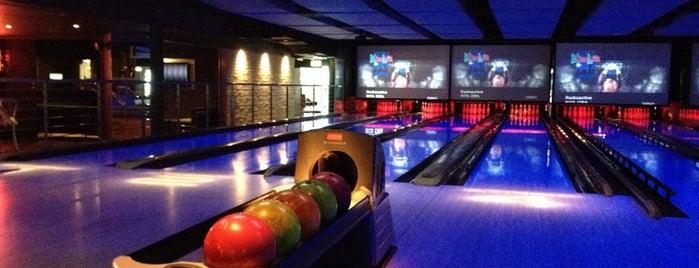 Strike Bowling Bar is one of Lieux sauvegardés par rebecca.