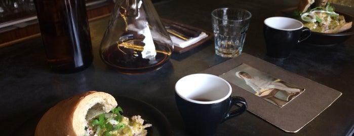 Café P'al Real is one of Orte, die Ricardo gefallen.