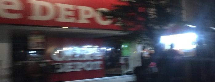 office depot express is one of Locais curtidos por Gabriela.