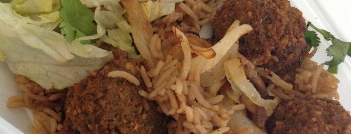 Rafiqi's Halal Food is one of Beauさんの保存済みスポット.