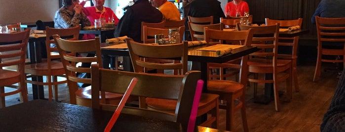 Annie O's Southern Eats is one of Locais curtidos por María.
