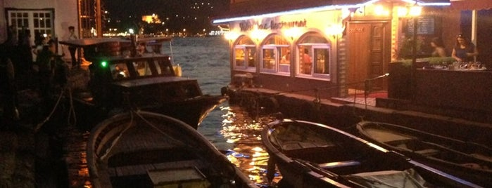Kanlıca Yakamoz Restaurant is one of must visit places in istanbul.