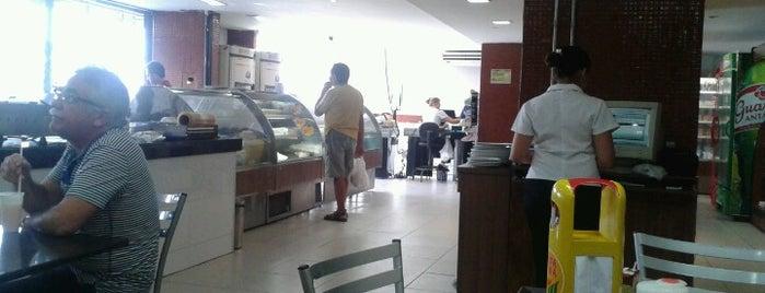 Pão de Trigo is one of CAFE.