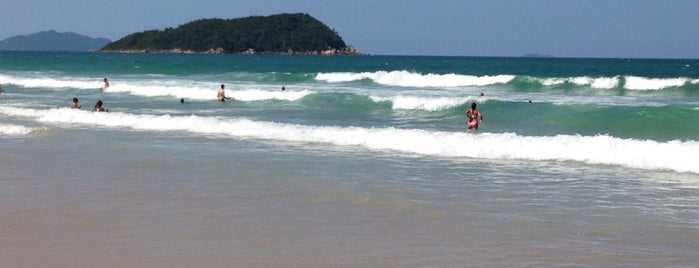 Praia de Palmas is one of Paty 님이 좋아한 장소.