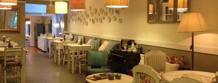 Abuelita Café Bistrô is one of Lu'nun Kaydettiği Mekanlar.
