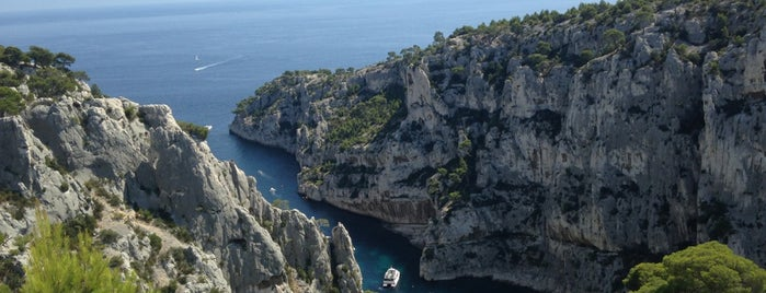 Parc National des Calanques is one of Les Callangues.