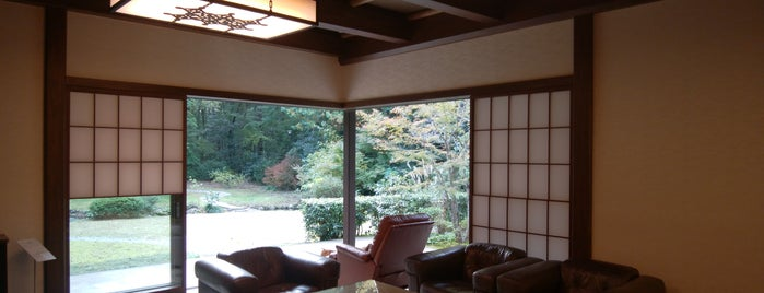 東山旧岸邸 is one of ときわさんのお気に入りスポット.