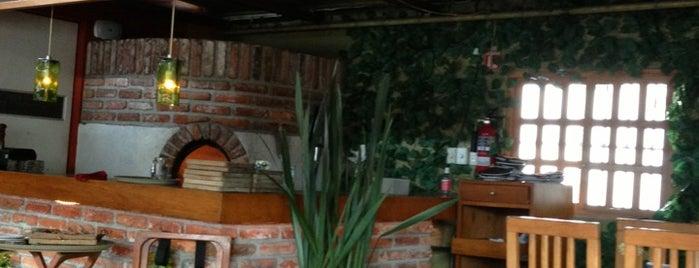 El Q is one of สถานที่ที่บันทึกไว้ของ Aline.