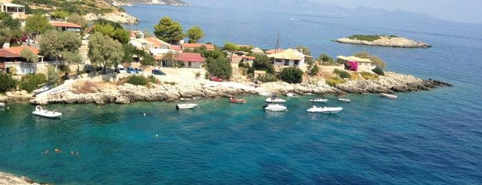 Niko's by the sea is one of Esin'in Beğendiği Mekanlar.