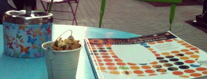 Cafe Ankara is one of Lugares favoritos de Feyza.