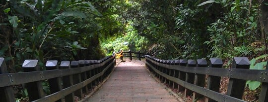 Xiangshan Hiking Trail is one of Weekend in Taipei Redux.