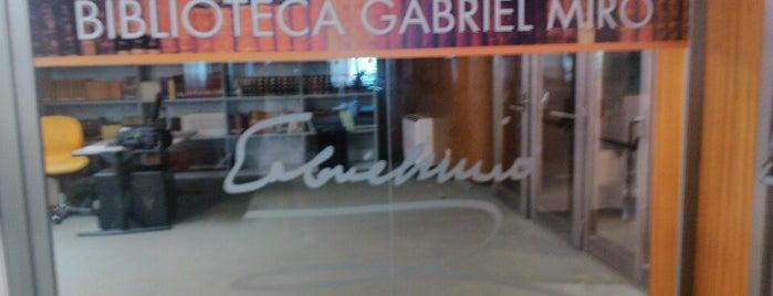 Biblioteca Gabriel Miró is one of Lugares favoritos de Vicente Juan.