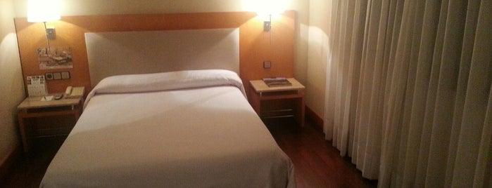 Hotel NH Principado is one of enricoさんのお気に入りスポット.