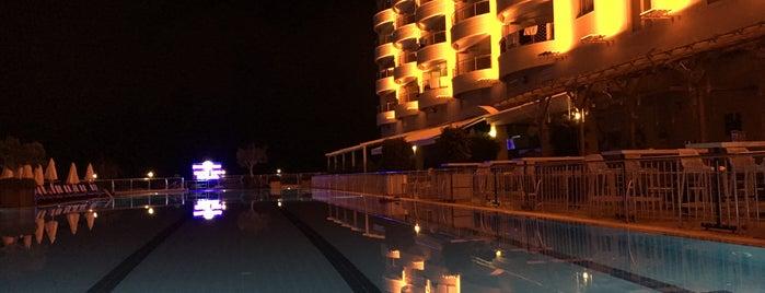 Goldcity Pool Bar is one of Orte, die Yunus gefallen.