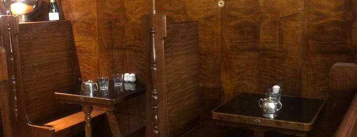 Shingle Inn is one of João'nun Beğendiği Mekanlar.