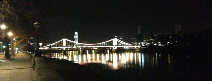 Chelsea Bridge is one of United Kingdom.