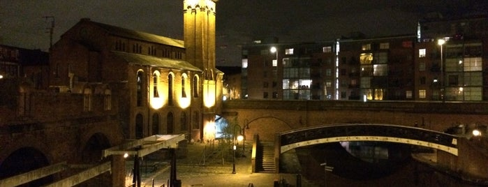 Castlefield is one of Manchester.