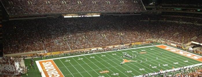 Darrell K Royal-Texas Memorial Stadium is one of College Football Stadiums.
