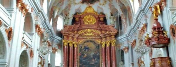 Jesuitenkirche St. Franz Xaver is one of luzern.