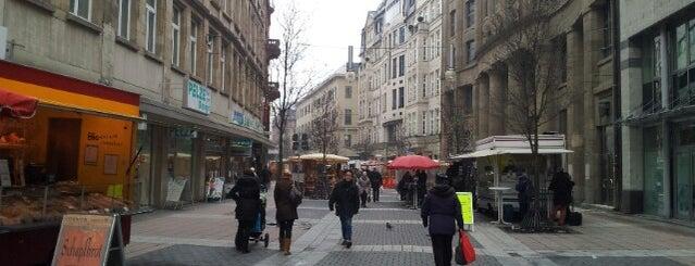 Schillermarkt is one of Tempat yang Disukai Andreas.