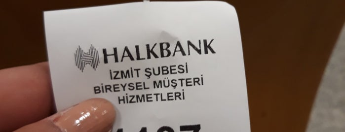 Halkbank is one of Lieux qui ont plu à Canan.