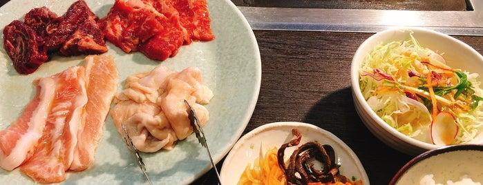 焼肉と料理シルクロード is one of のぞさんの保存済みスポット.