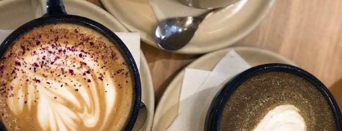 Platform Espresso Bar is one of สถานที่ที่ Mei ถูกใจ.