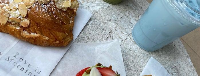 Sunday Morning Bakehouse is one of Orte, die Rachel gefallen.