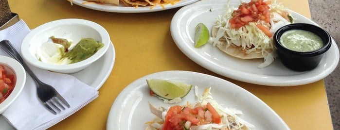 Wahoo's Fish Taco is one of To-Do list in Oahu.