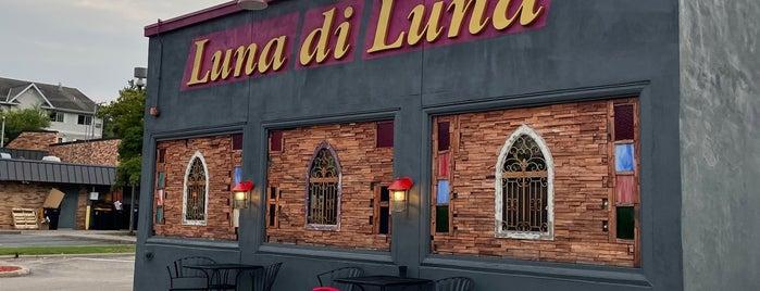 luna di luna is one of Locais curtidos por Emily.