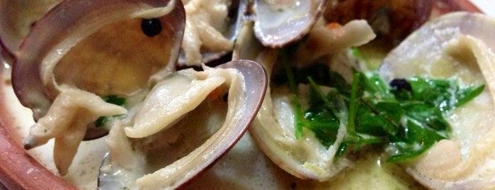 Cunda Deniz Restaurant is one of tavsiye ederim.....